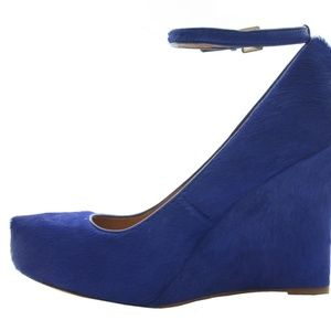 ANN TAYLOR 'HAI' ELECTRIC BLUE HAIR WEDGE HEELS 10